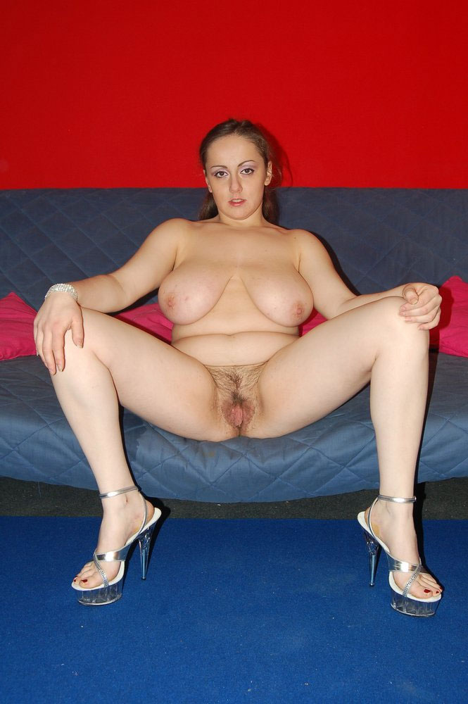 Amatuer chubby girls in lingerie