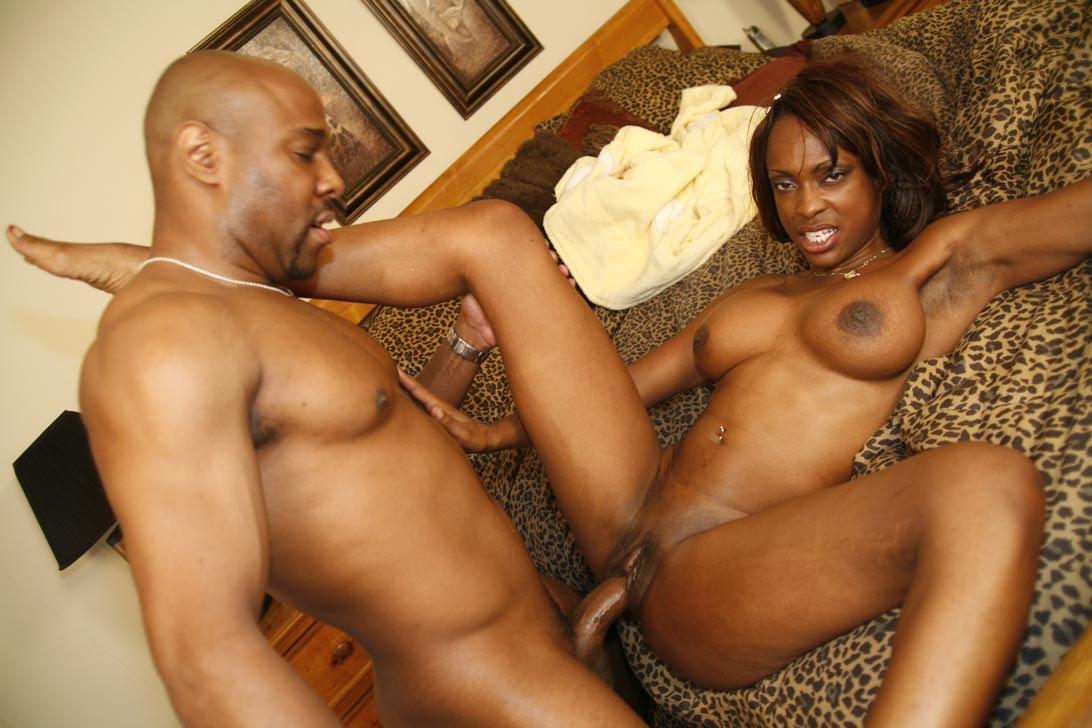 xxx black mom